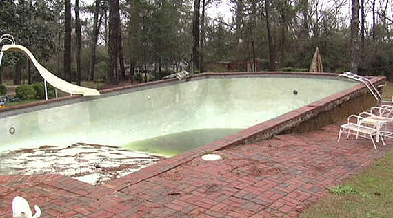 Swimming Pool Pressure : Rc snap landscape burial subs